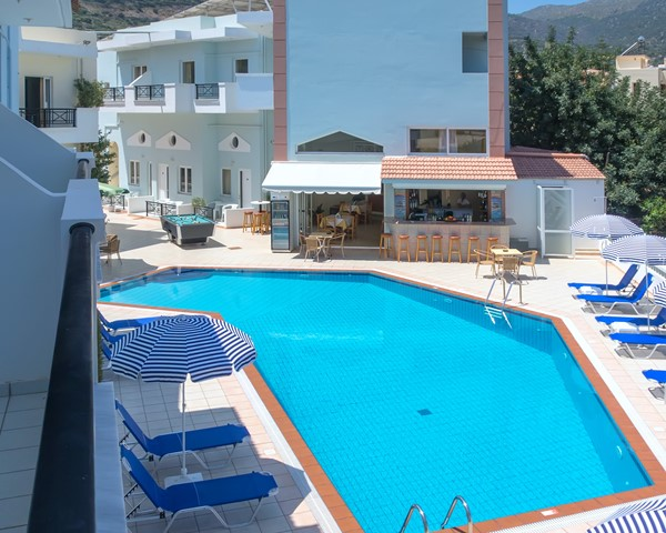 Athena Apartments in Stalis